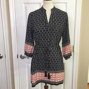 Sweet Wanderer Black with Red Trim V-neck Tunic